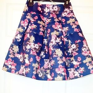 Gorgeous Mini Skirt Floral Designs.